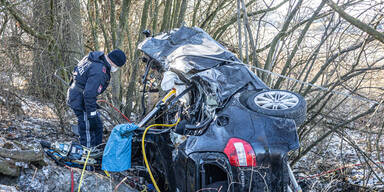 Schwerverletzter erst 13 Stunden nach Unfall entdeckt