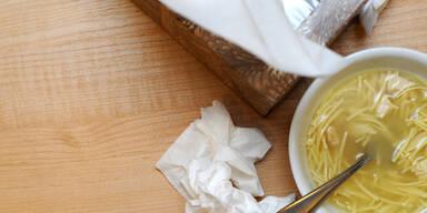 Helfen Hühnersuppe und Vitamin C wirklich?