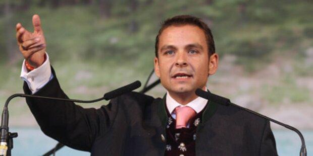 Oranger Grosz vor dem Rücktritt