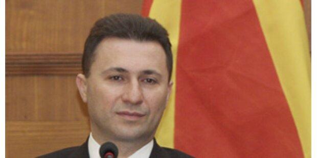 Mazedonische Regierung bleibt zunächst im Amt
