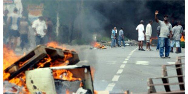Unruhen auf Guadeloupe fordern ersten Toten