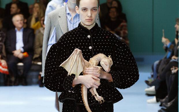 Schräge Fashion Week in Mailand