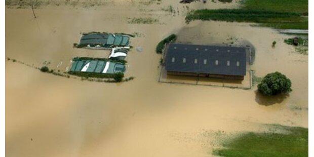Kampf gegen das Hochwasser geht weiter