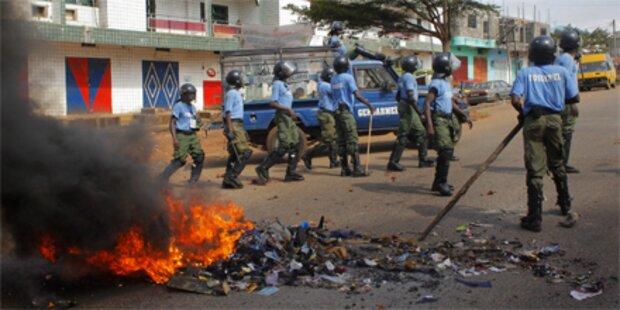 Guinea: Ein Toter und Dutzende Verletzte