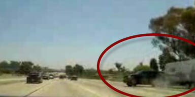 Video: Erster Unfall bei der Kult-Rallye