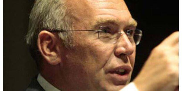 Gusenbauer wischt Asylgerichtshof-Streit vom Tisch