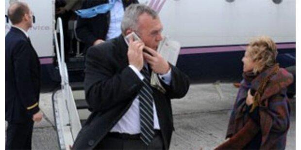 Kanzler-Handy wird zur Staatsaffäre