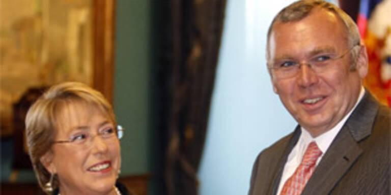 Chiles Präsidentin Michelle Bachelet und Kanzler Alfred Gusenbauer