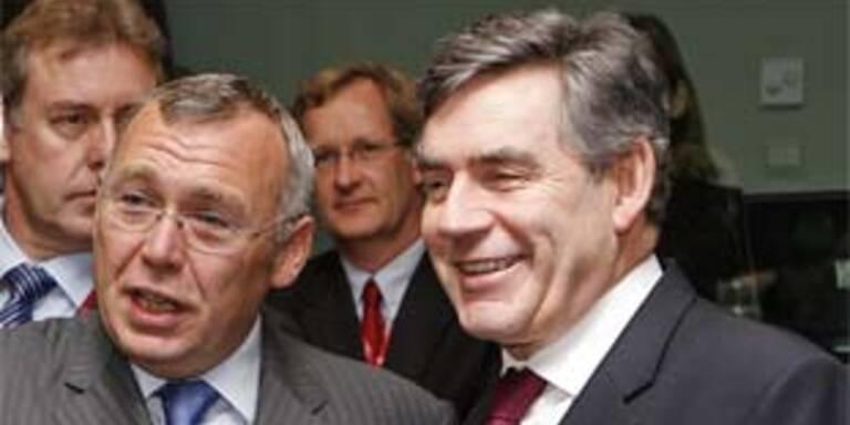 Gusenbauer und der britische Premier Gordon Brown. Archivbild