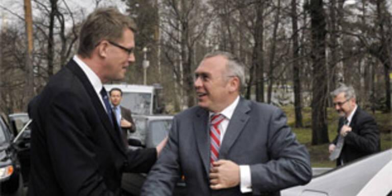 Gusenbauer mit dem finnischen Ministerpräsidenten Matti Vanhanen