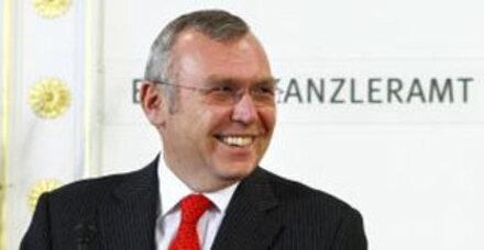Gusenbauer beharrt auf  Vermögenszuwachssteuer