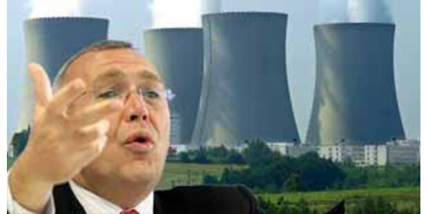 Atomgegner drohen Gusi vor Nuklear-Gipfel