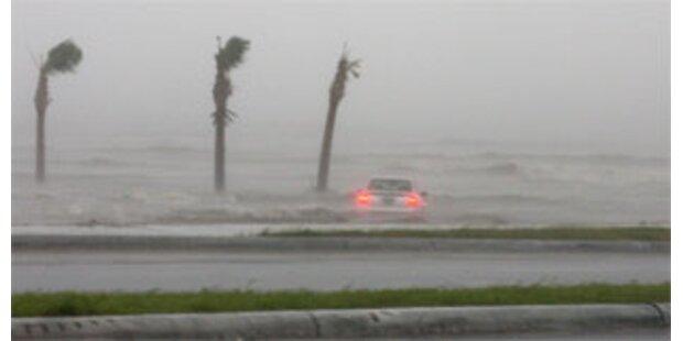 USA bieten Kuba nach Hurrikan Hilfe an