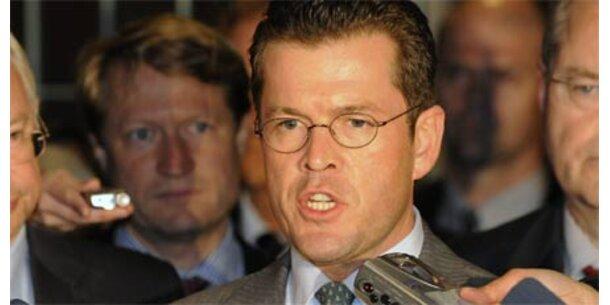 Guttenberg hatte mit Rücktritt gedroht