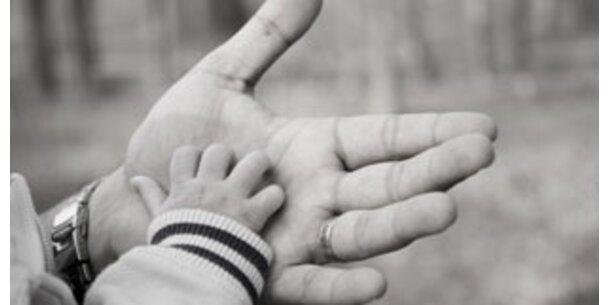 Späte Väter gefährden Babys