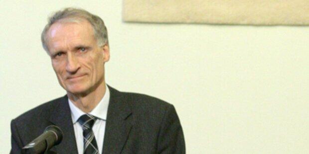 Minister schimpft Reporter