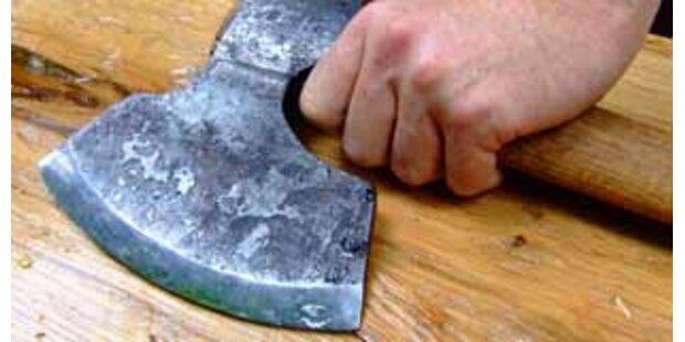 Frau in NÖ attackierte Ehemann mit Beil