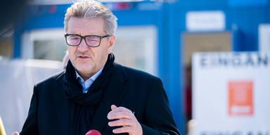 Pandemie-Wahlkampf zwischen SPÖ und Kurz