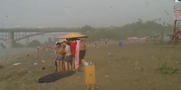 Badegäste von Hagelgeschossen verletzt