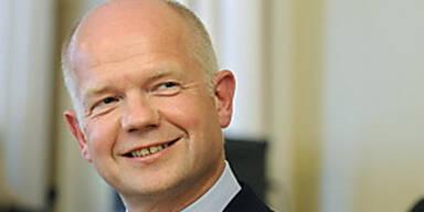 Hague tritt als Außenminister zurück