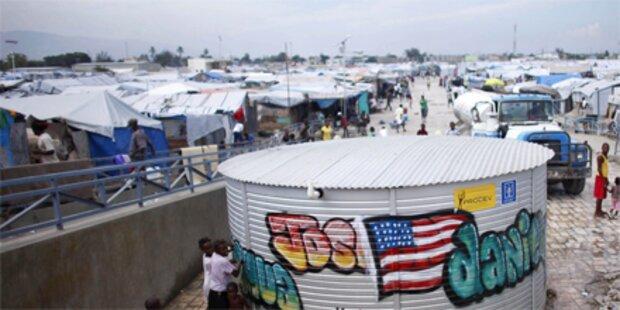 Hurrikan rast auf Haiti zu