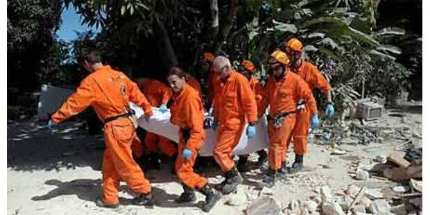 Erste Rettungsteams stellen Suche ein