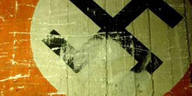 Verfassungsschutz untersucht Nazi-Anschlag