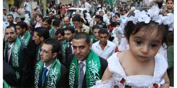 Hamas zahlte Hochzeit für fast 400 Paare
