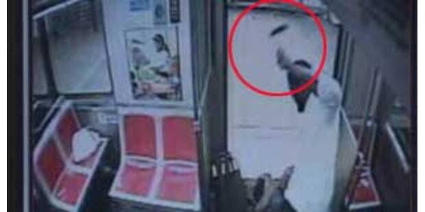 Irrer schlägt mit Hammer auf U-Bahn-Passagier ein