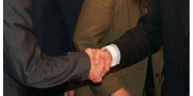 Gemeinderat verweigerte Bürgermeister Handschlag