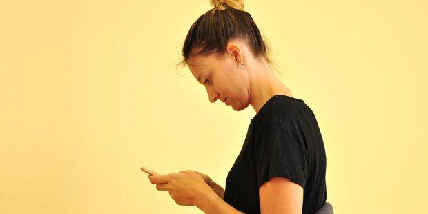 Handynutzung gefährdet Halswirbelsäule