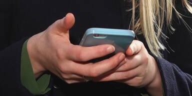Mobilfunk-Kunden mit Anbietern zufrieden
