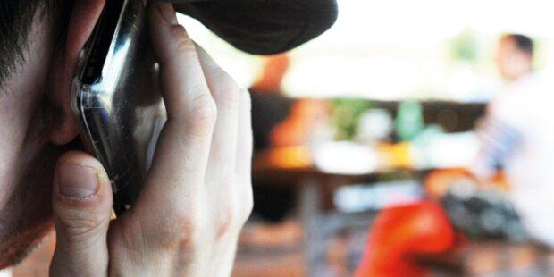 Handy-Raub mit Eispickel