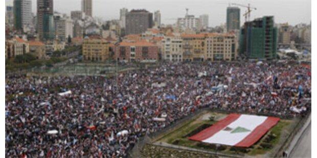 Hunderttausende gedenken des Hariri-Mordes