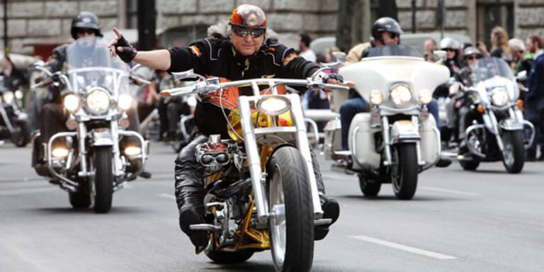 Start für die Vienna Harley Days 2012