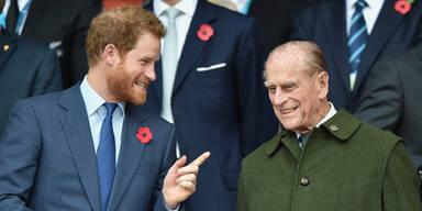 Neue Biografie: Prinz Philip rechnet mit Harry ab