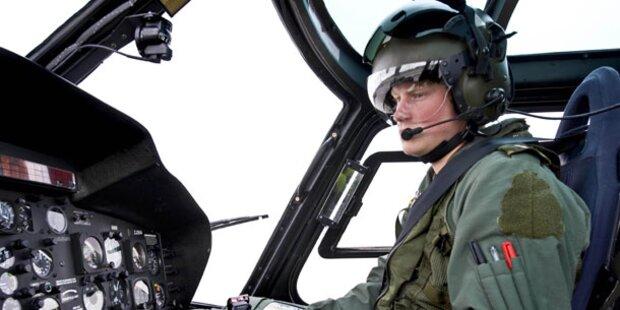 Harry ist fertig mit Flieger-Ausbildung