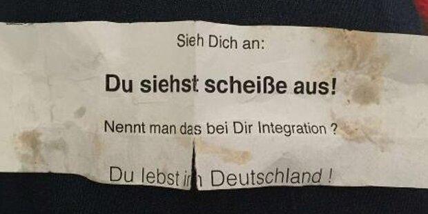 Hass-Zettel an Frauen mit Kopftuch verteilt