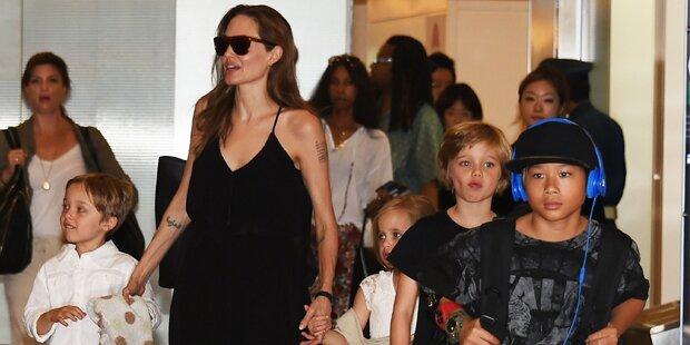 Jolie dreht mit ganzer Familie
