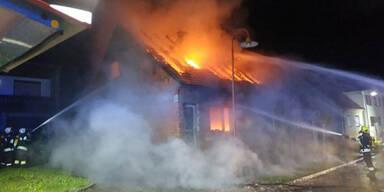Mann stirbt bei Feuer-Inferno