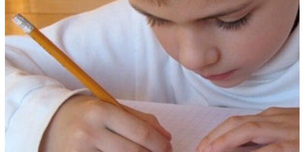 Sechsjähriger löst Hausaufgabe mit Alexa