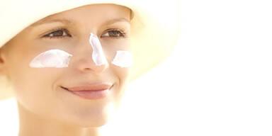 Sonnencreme hält Haut jung
