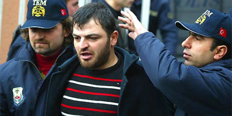 Gegen den Extremisten Yasin Hayal, dem Anstifter zum Mord an Hrat Dink, wurde mittlerweile Haftbefehl erlassen. (c)AFP