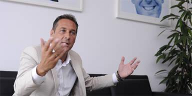 """Strache: """"Würde bei Gaddafi vermitteln"""""""