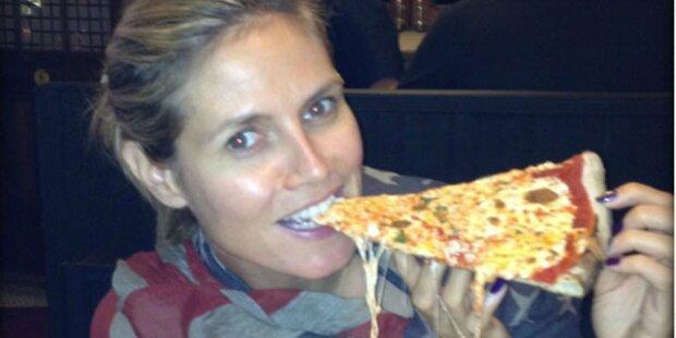 Heidi langt zu: Fette Pizza für das Model