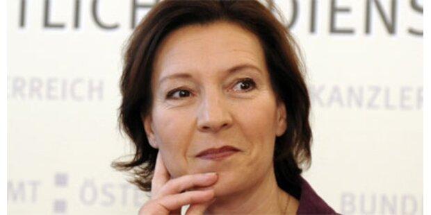Heinisch-Hosek lädt zur Aussprache