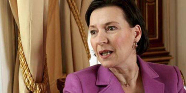 SPÖ mischt sich in ÖBB-Gehälter nicht ein