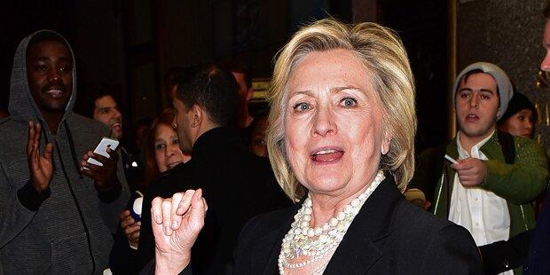 Buch-Bombe auf Hillary