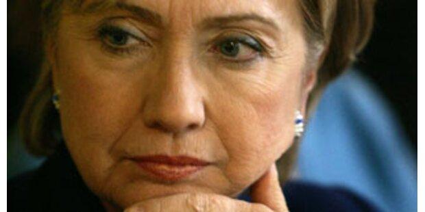 Hillary Clinton spielt Streit mit Obama herunter