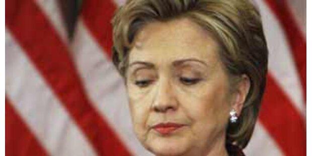 Hillary sackt endgültig ab